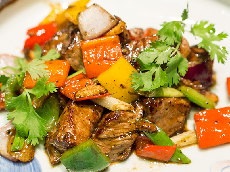 Wok-Fried Angus Beef with Bell Pepper and Special Sauce