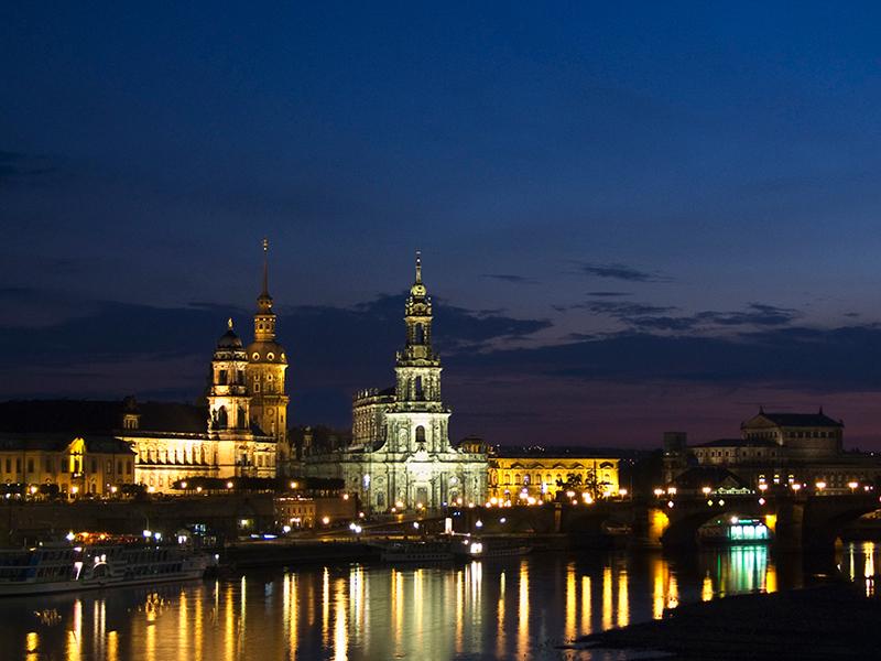Dresden : Kota Indah Bergaya Baroque