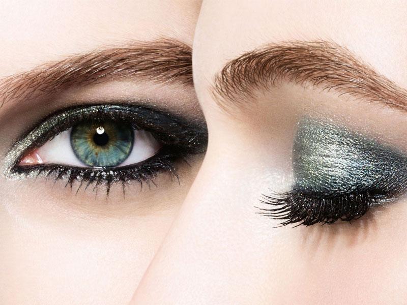 Kegunaan Eyeshadow untuk Kecantikan Wajah Anda