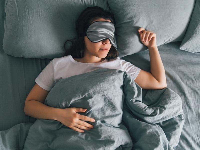 3 Alasan Tidur Penting Jelang Pernikahan