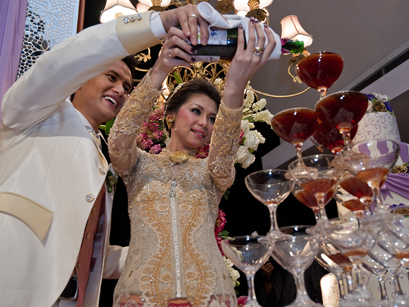 Love journey of mr.groom and mrs.bride