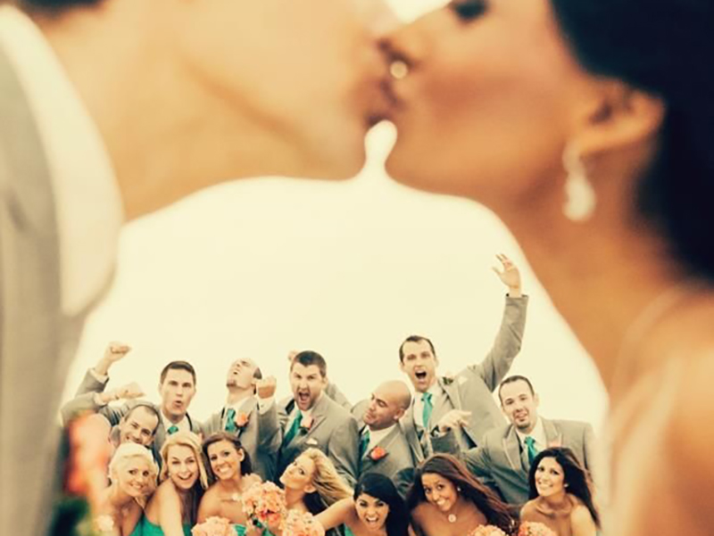Capture A Wedding Kiss In A Romantic Way