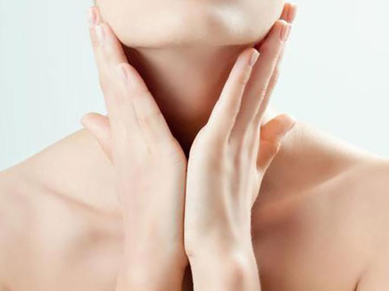 Solusi untuk Warna Gelap pada Leher