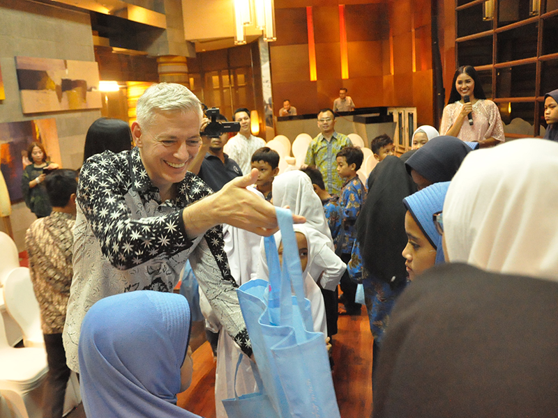 AYANA Midplaza, Jakarta Berbagi Kasih Ramadan