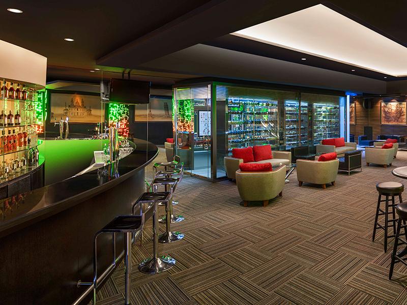 Tiga Puluh Music Bar + Lounge