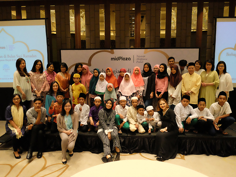 Ayana Midplaza, Jakarta Dan Yayasan Midplaza Peduli Menyelenggarakan Acara Buka Puasa Bersama Komunitas Sekitar