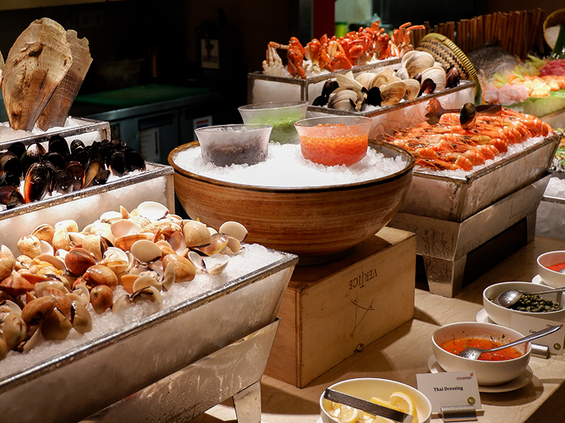 Cinnamon Sunday Brunch At Mandarin Oriental