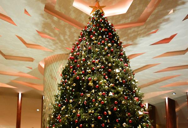 Christmas Tree at Mandarin Oriental Jakarta