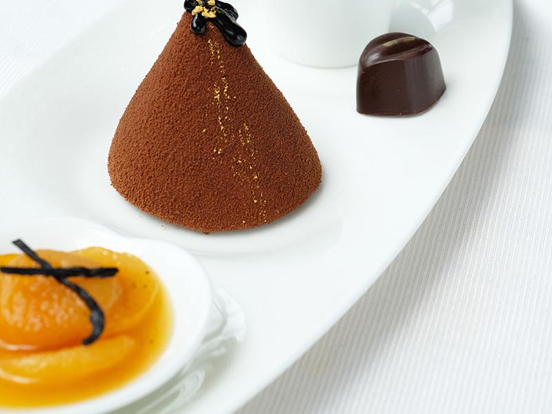 Spuma di Cioccolato Albicocche e Menta