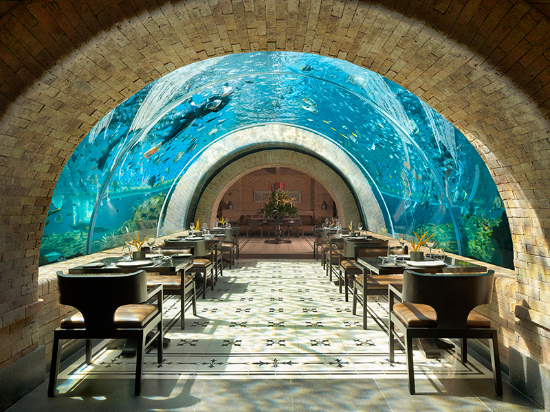 Koral Restaurant : 'Aquarium Restaurant' Pertama di Pulau Bali